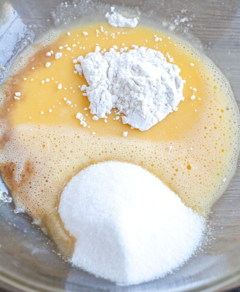 Beaten eggs, flour, sugar, vanilla, salt in a glass bowl