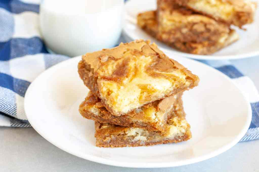 Plate with 3 blondies stacked on each other