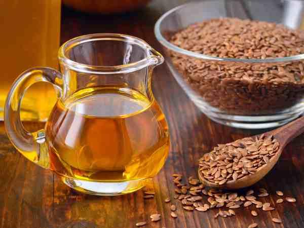 Leinöl und Leinsamen
