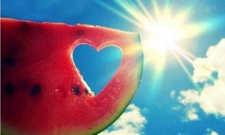 8 accessori indispensabili per le tue cene estive