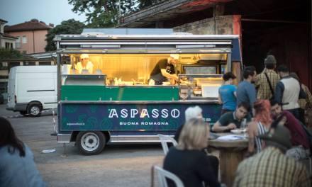 Aspasso – La storia di chi lascia il posto fisso per lo street food