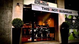 this_is_not_a_sushi_bar_vetrina