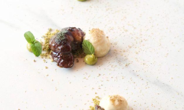 Animelle di vitello glassate, Pistacchi, cacio e pepe By Alessandro Bellingeri