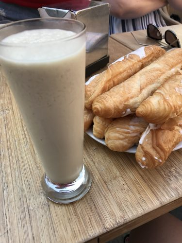 Horchata de Chufa with fartón Valencia