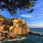 The Colourful Cliffs of Cinque Terre {Travel – Exploring Cinque Terre, Italy}