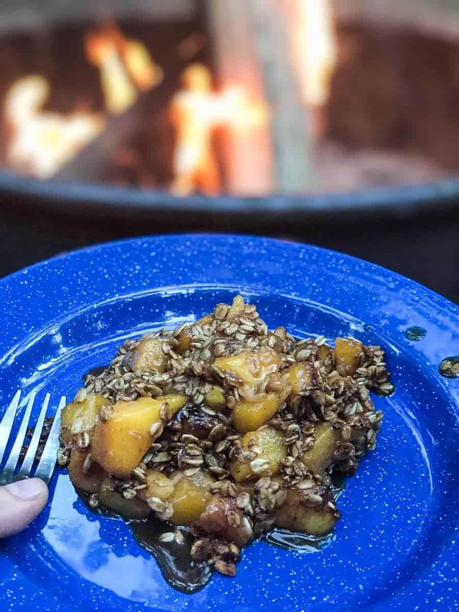 Super easy camping recipe for peach crumble.