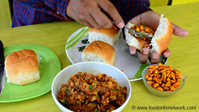 Aloo Masala for Gujarati Dabeli Recipe.