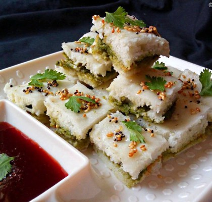 Instant Sandwich Dhokla Recipe, Sandwich Dhokla Recipe, Double Layer Dhokla Recipe, Square Sandwich Dhokla Recipe, Gujarati Snacks Recipe.