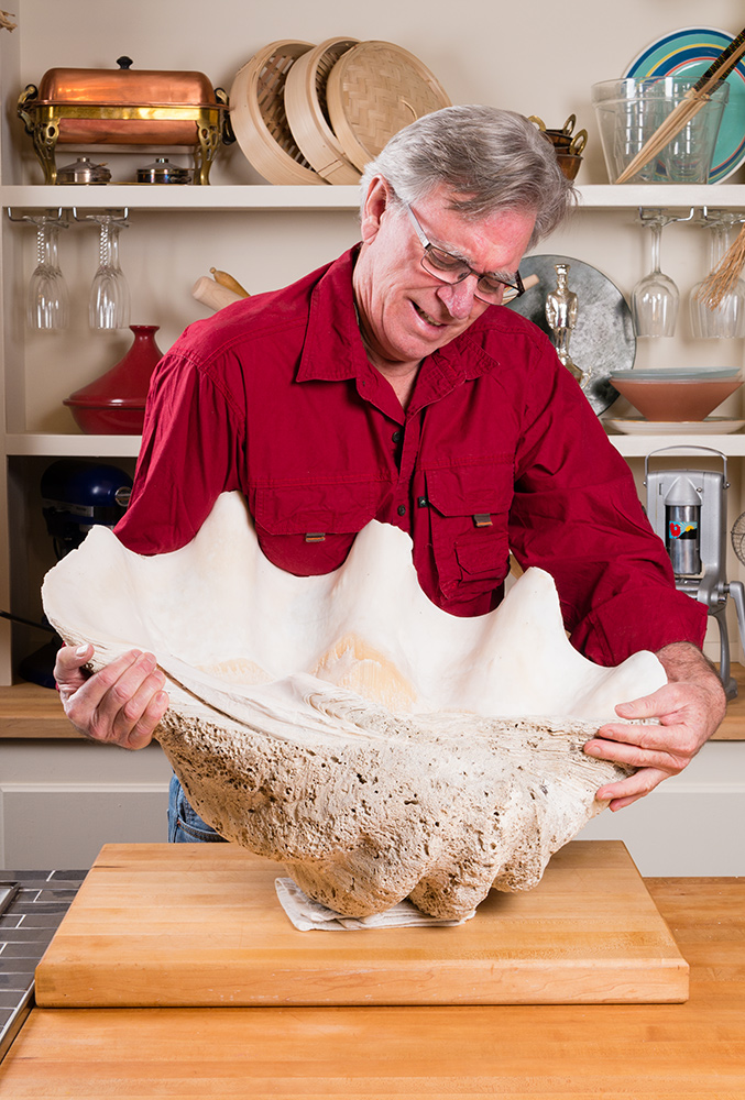 David Jackson lifts giant clam shell on Food Over 50