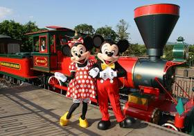 What Should You Do For A Hong Kong Disneyland In 3 Days 2 Nights Trip