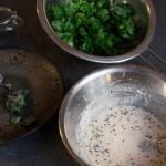 Kohlröschen in Teig gewälzt