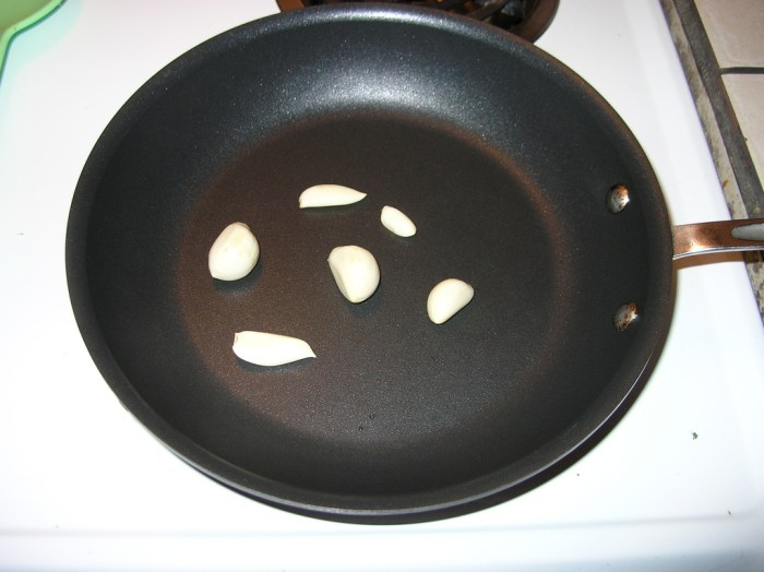 The Trouble with Non-Stick Pans - Food Republic