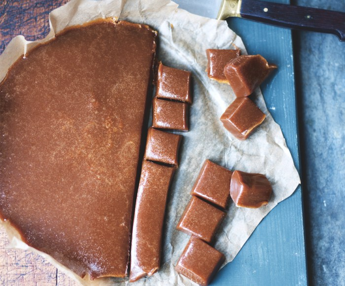 Sprinkle smoked sea salt flakes over soft, luscious caramels for a sumptuous taste sensation.
