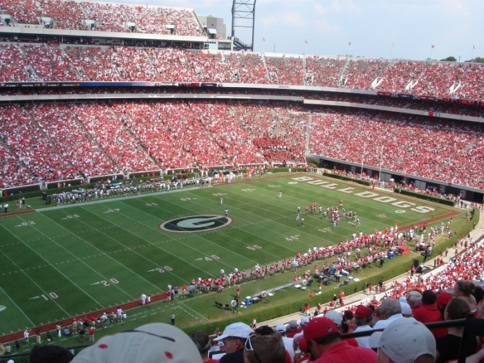 Heading To UGA For The Game? Here Are 8 Places To Eat