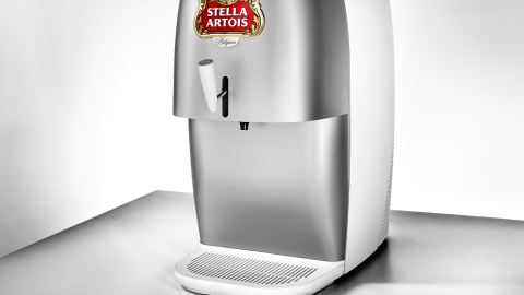 Stella Artois NOVA is an all-in-one, refrigerating countertop draught unit. (Photo credit: Stella Artois)