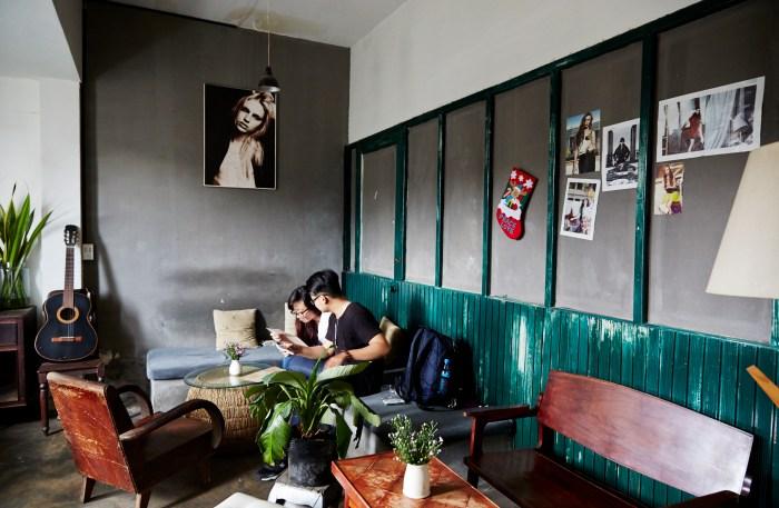 The Mockingbird Café allows you to perch high above the street.