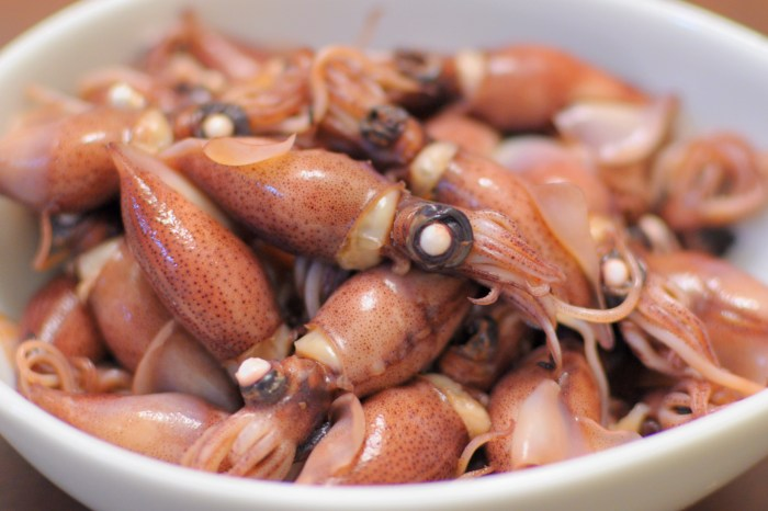 What Is Firefly Squid? - Food ...