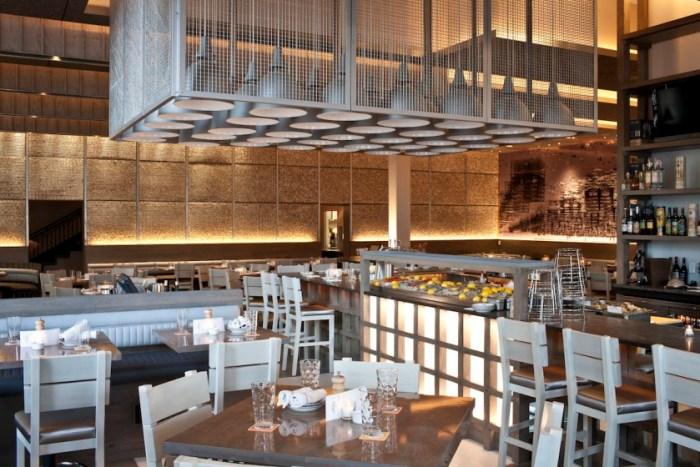 Boston-Island-Creek-Oyster-Bar-Interior-by-Michael-Piazza