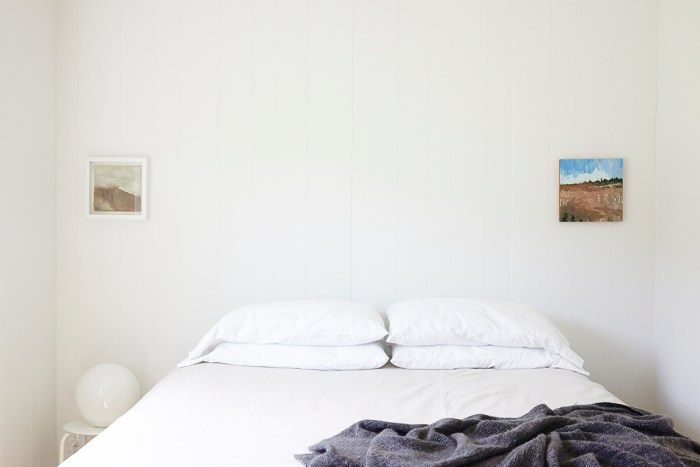 The rooms are super minimalistic and cozy. (Photo: Nathalie Chitwood.)
