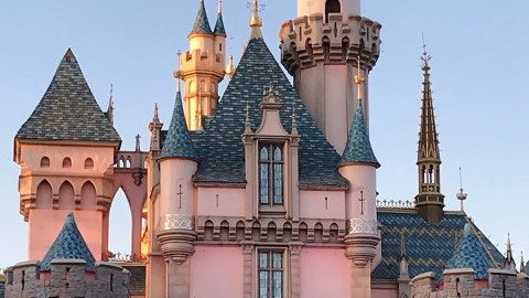 where to eat at Disneyland