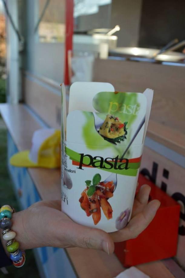 Organiseer een onvergetelijk communiefeest met foodtruckbestellen.be - Food truck Snack Djendo