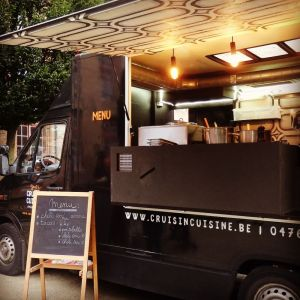 foodtruck met wraps truck