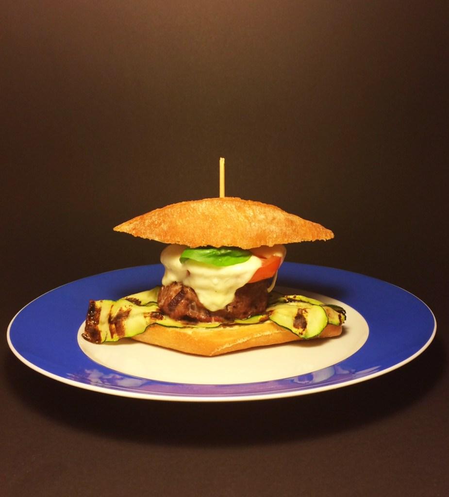 Caprese-Burger
