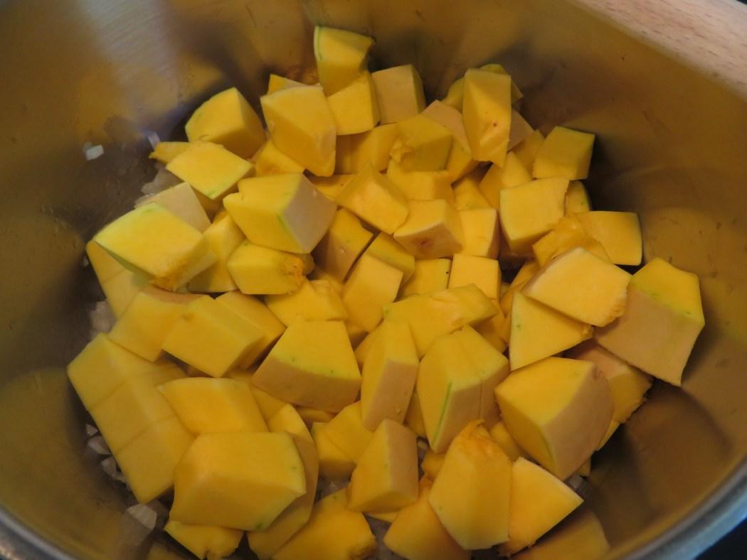 Butternut-Kürbissuppe mit Chorizo-Filet