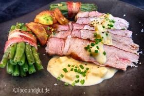 Apfelschwein-Kotelett mit Apfel-Senf-Sauce