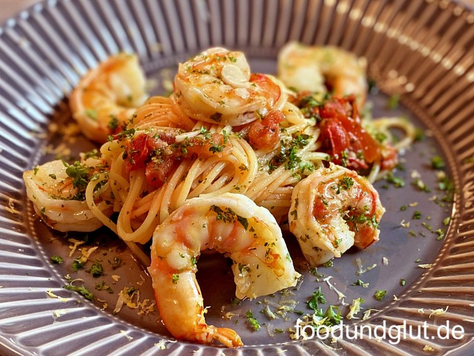 Spaghetti Aglio, Olio, Gamberi e Peperoncini