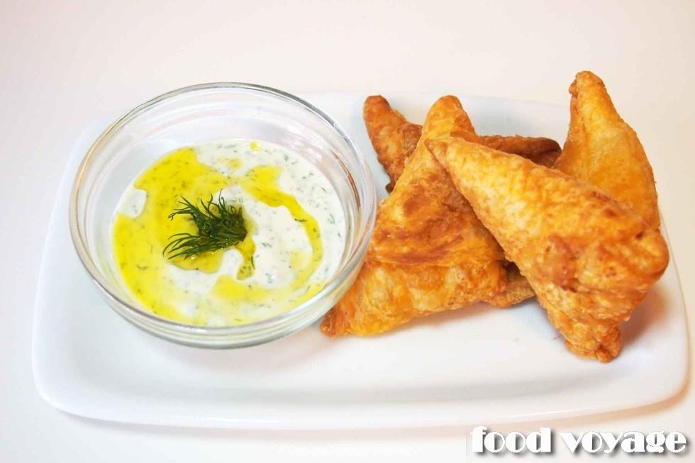 Тиропитакья, Греческие пирожки с сыром.