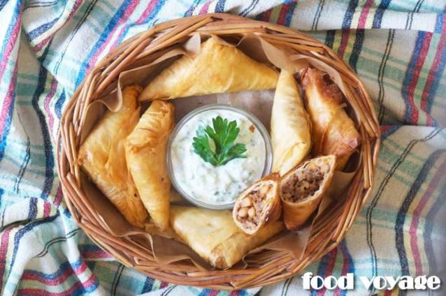 Греческие пирожки с мясом