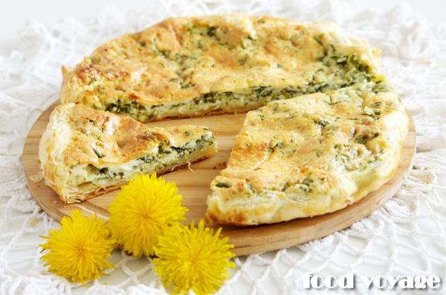 Сырный слоенный Пирог с крапивой и шпинатом