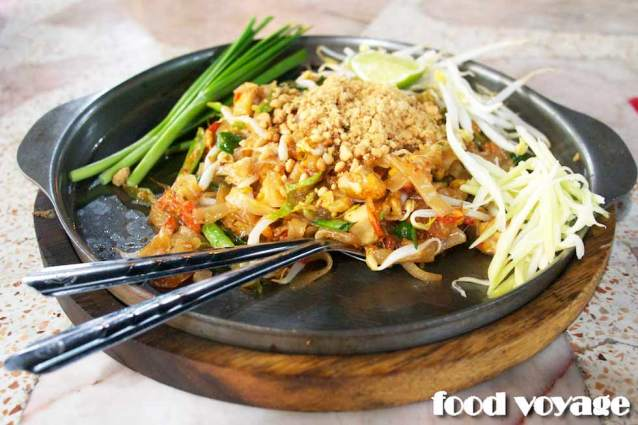 Пад Тай, жареная рисовая лапша по тайски