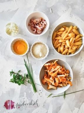 Zutaten für Pasta Carbonara mit Eierschwämmen