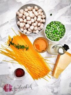 Das Rezept für die ganze Familie, Spaghetti mit Brätkügeli und Erbsen
