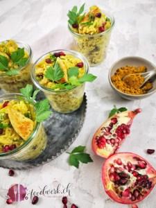 Herrlich frischer Curry-Reissalat mit Hähnchen