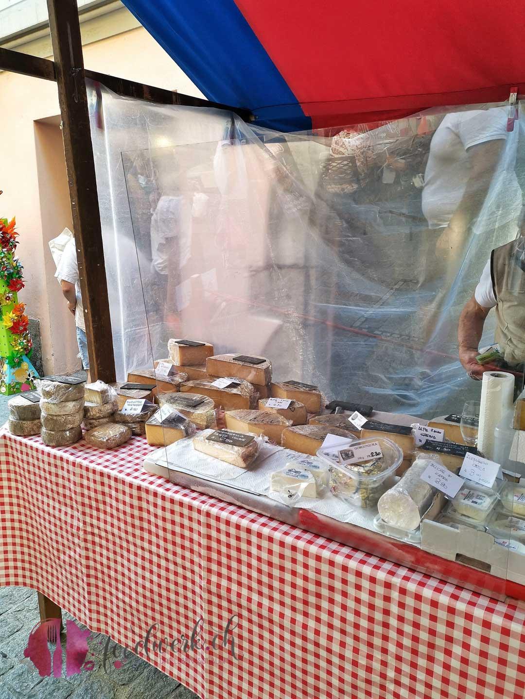 Marktstand in Bellinzona