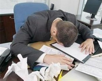 lavoratore-stressato