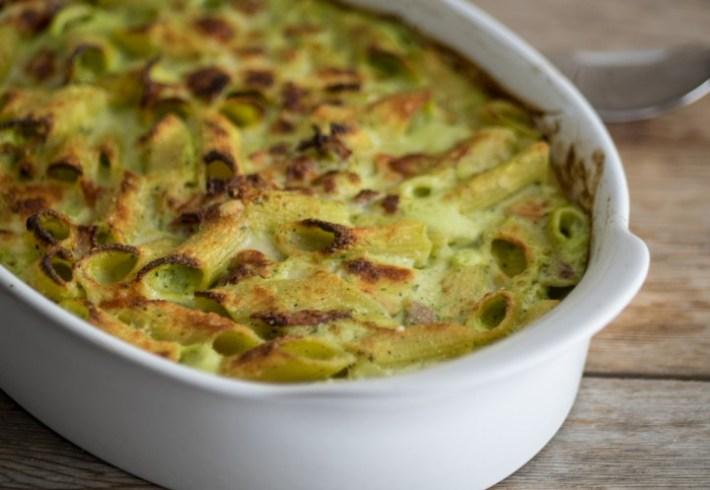 pasta-al-forno-zucchine-speck-formaggio-affumicato-oriz-720x497