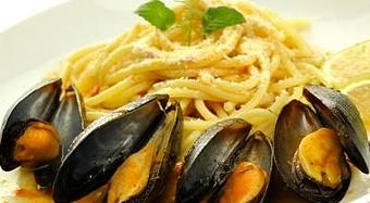 Spaghetti-Con-Cozze-e-Limone