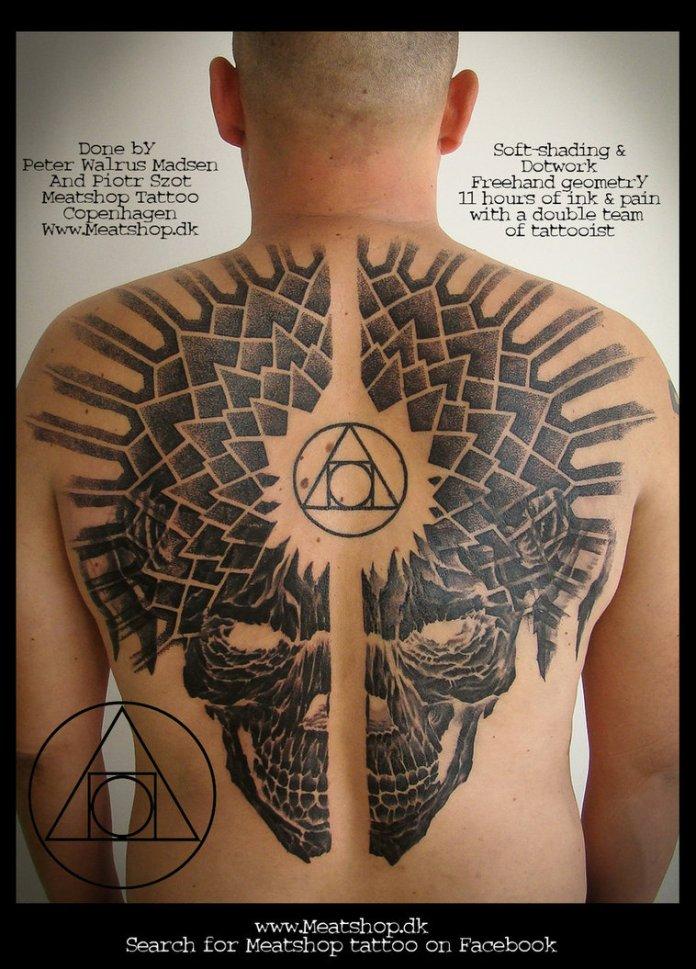 fullback_skull_tattoo_by_meatshop_tattoo-d6md76p