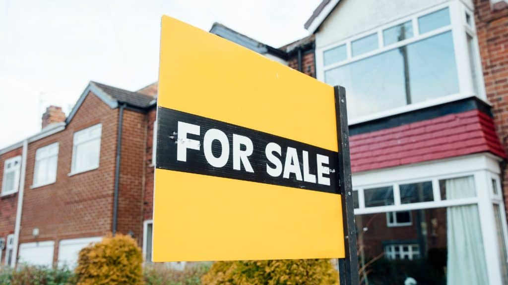 UK house prices record biggest monthly growth in 14 years