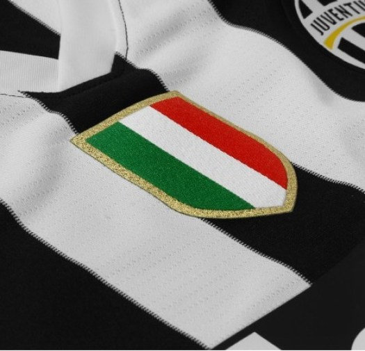 juve3 In Pictures: Juventus release brand new images of their 2013 14 home kit