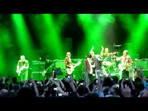 Musica e calcio, Mick Jones, Eric Cantona Justice Tonight