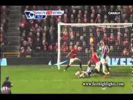 Maglia di Van Persie con la dedica per il goal al West Bromwich