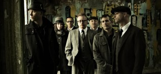 floggin-molly-cewltic-punk