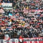 Milan: stendardo con elmo Trojan in Curva Sud