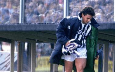 Roberto Baggio alla Juventus e quella sciarpa Viola piovuta dal cielo