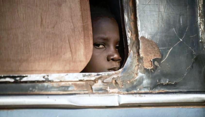 Carri di bestiame: il dramma dei migranti del Burkina Faso